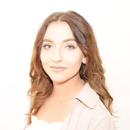 Chloe-Halsall-Servicing-Assistant-SJL-Insurance
